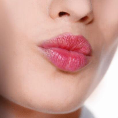 A Eau à Lèvres é extremamente simples de aplicar!