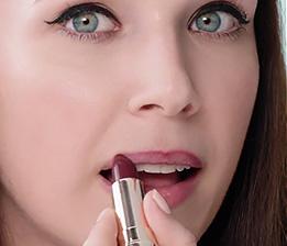 Três looks de lábios glamorosos