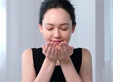 Vídeo do método de aplicação dos óleos para o rosto